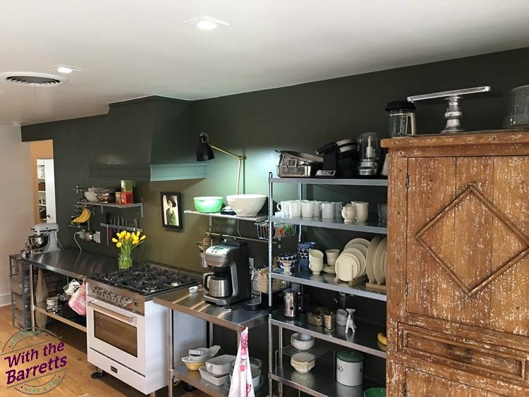 Unfitted kitchen view 2