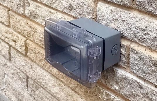 Exterior Plug