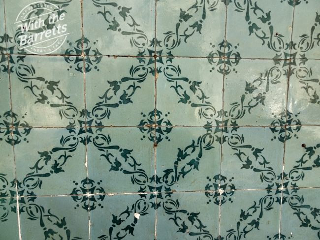 Green filigree tile
