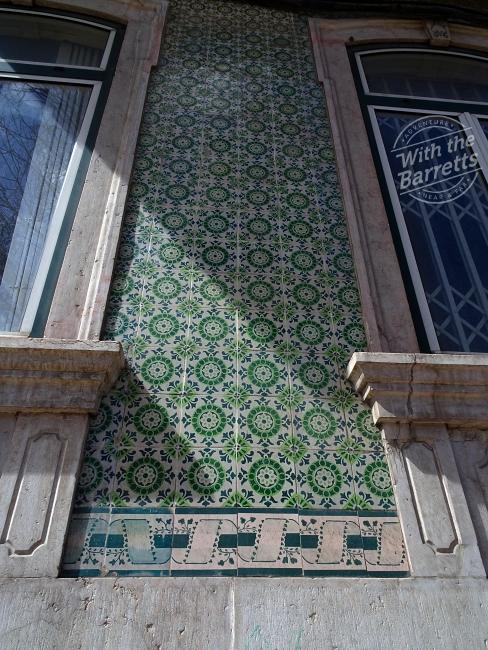 Green geometric wall tiles
