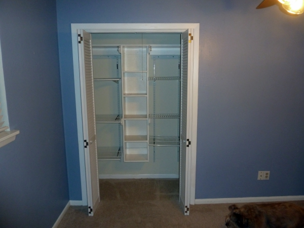 Closet in the extra bedroom